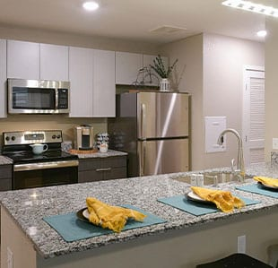 Modern, Furnished Apartments - Image 02